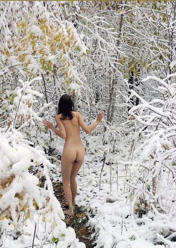 雪中露出画像7