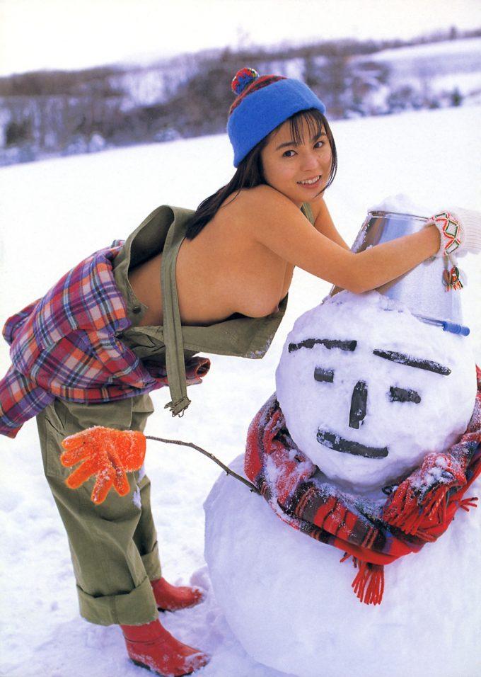 雪中露出画像8